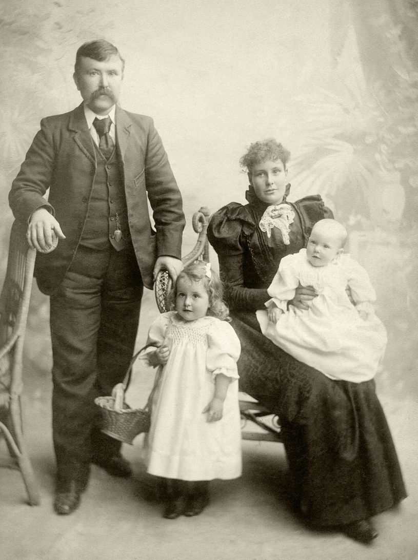 George & Mary Elizabeth Grenfell with children